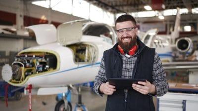 aircraft maintanence mechanic